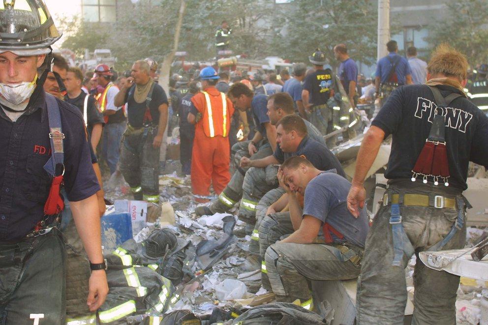 bombero colombiano 9-11